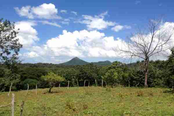 Curubande Farm for sale w. waterfalls Sun Costa Rica Real Estate